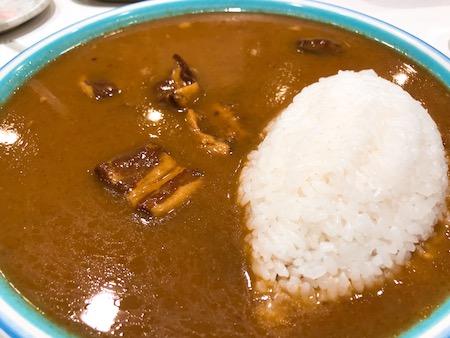 新宿の美味しいカレー「モンスナック」画像1